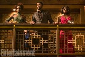 Marvel Studios' BLACK PANTHER L to R: Nakia (Lupita Nyong'o), T'Challa/Black Panther (Chadwick Boseman) and Okoye (Danai Gurira) Credit: Matt Kennedy/©Marvel Studios 2018
