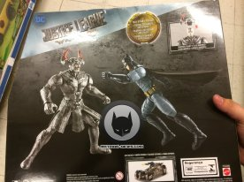 Steppenwolf-Justice-League-Action-Figure-2